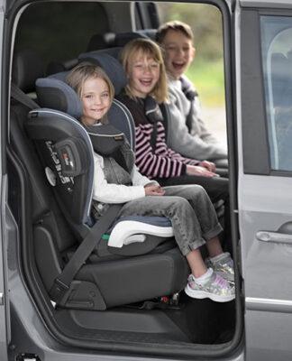 Bezpieczne foteliki dla dzieci 15-36 kg